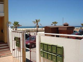 Piso bajo con jardin en Tarifa primera linea de playa