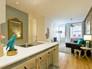 OGV Modern & Elegant apartment at premium downtown!!
