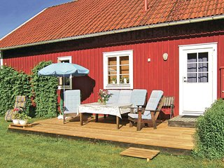 Awesome home in Älmhult w/ 3 Bedrooms