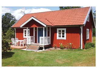 Nice home in Froseke w/ Sauna and 1 Bedrooms
