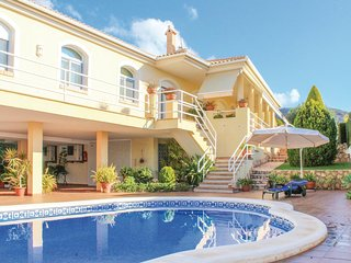 Nice home in La Azohía w/ WiFi and 4 Bedrooms