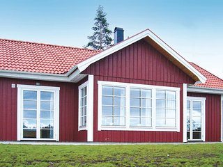 Amazing home in Ryd w/ Sauna and 3 Bedrooms