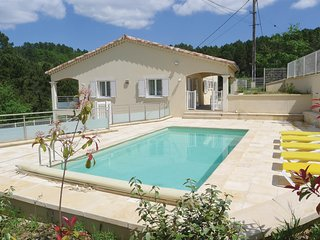 Beautiful home in Molières-sur-Cèze w/ WiFi and 3 Bedrooms (FLG290)