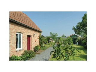 Awesome home in Groede w/ WiFi and 2 Bedrooms