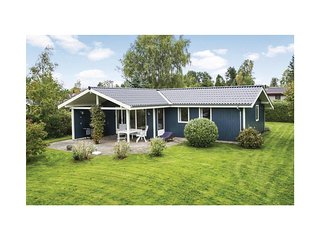 Stunning home in Dronningmølle w/ WiFi and 4 Bedrooms (E03223)