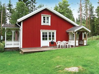 Awesome home in Vetlanda w/ 3 Bedrooms