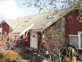 Beautiful home in Rorvik w/ WiFi and 1 Bedrooms