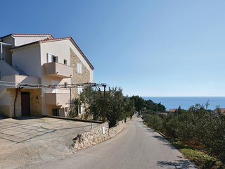 Amazing home in Ivan Dolac w/ WiFi and 1 Bedrooms (CDH400)