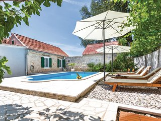 Amazing home in Zezevica w/ WiFi and 3 Bedrooms (CDT901)