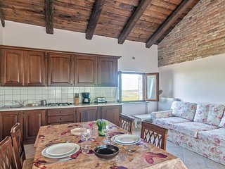 Nice home in Castagnole delle Lanze w/ WiFi and 1 Bedrooms (IPL192)