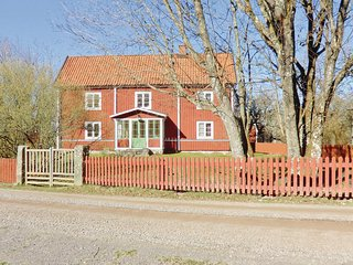 Amazing home in Örsjö w/ 3 Bedrooms