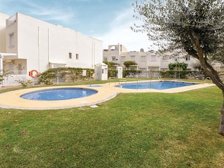Awesome home in Garrucha w/ WiFi, Outdoor swimming pool and 3 Bedrooms