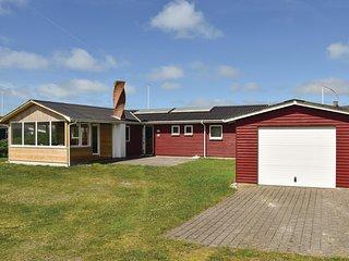 Nice home in Ringkøbing w/ Sauna, WiFi and 3 Bedrooms