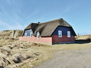 Awesome home in Ringkøbing w/ Sauna, 4 Bedrooms and WiFi