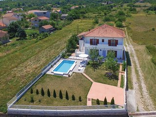 Stunning home in Sinj w/ WiFi and 3 Bedrooms