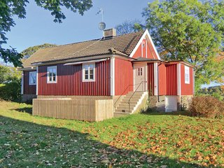 Stunning home in Söderåkra w/ 3 Bedrooms