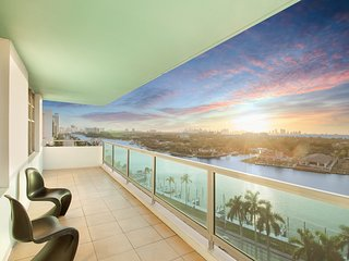 Spacious 2BR Bayfront Apartments