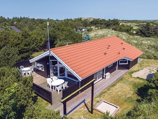 Nice home in Ringkobing w/ Sauna, WiFi and 3 Bedrooms