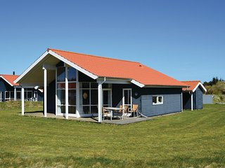 Stunning home in Ulfborg w/ WiFi and 3 Bedrooms (A5066)