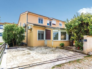 Stunning home in Pula w/ WiFi and 1 Bedrooms