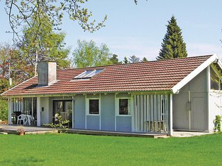 Nice home in Gilleleje w/ Sauna, WiFi and 3 Bedrooms (E03394)