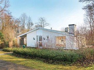 Beautiful home in Hoek w/ WiFi and 3 Bedrooms