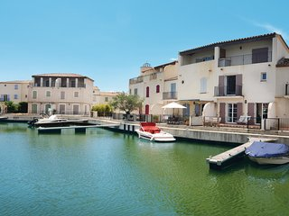 Awesome home in Aigues-Mortes w/ WiFi and 3 Bedrooms (FLG336)