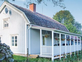 Stunning home in Mönsterås w/ 2 Bedrooms and WiFi