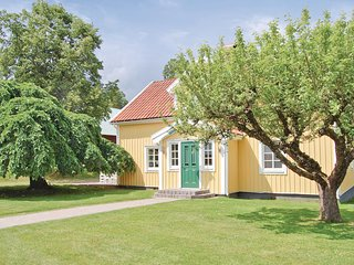 Amazing home in Vimmerby w/ 5 Bedrooms