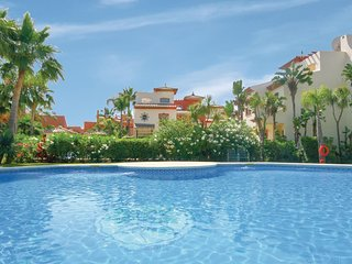 Awesome home in Estepona w/ WiFi and 3 Bedrooms