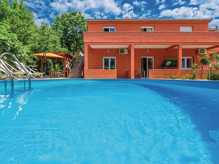 Beautiful home in Grizane w/ WiFi and 3 Bedrooms