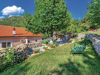 Stunning home in Krizisce w/ WiFi and 3 Bedrooms