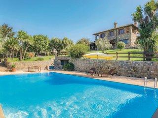 Rustig gelegen vakantiehuis in de omgeving van het Bracciano meer (IRU296)