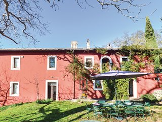 Beautiful home in Settefrati (FR) w/ WiFi and 6 Bedrooms