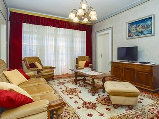 Beautiful home in Split with WiFi and 3 Bedrooms (CDT967)