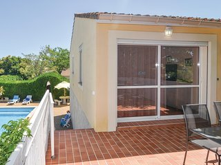 Awesome home in Codognan w/ WiFi and 2 Bedrooms