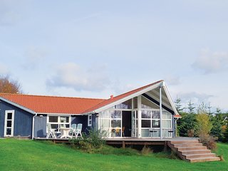 Amazing home in Vejby w/ WiFi and 4 Bedrooms