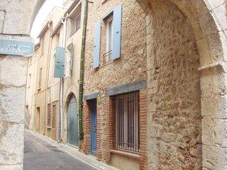 Nice home in Baixas w/ 2 Bedrooms