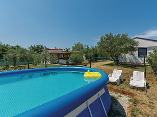 Beautiful home in Novigrad w/ WiFi and 1 Bedrooms