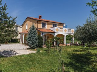 Amazing home in Kastel with 2 Bedrooms (CIU659)