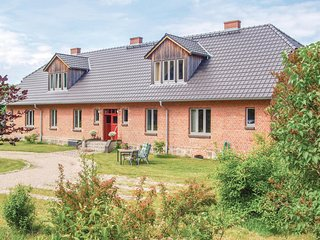 Nice home in Niendorf w/ WiFi and 2 Bedrooms
