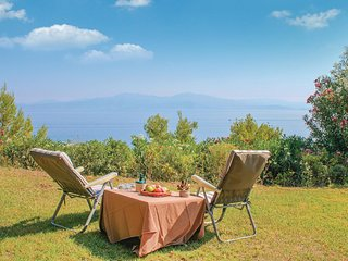 Nice home in Melissi Xylokastro w/ WiFi and 2 Bedrooms