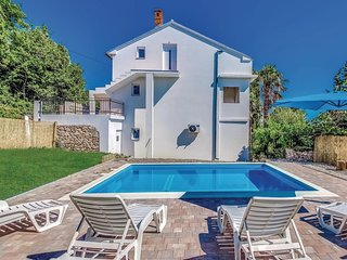 Awesome home in Bribir w/ WiFi and 4 Bedrooms