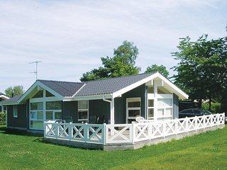 Beautiful home in Hadsund w/ Sauna, 3 Bedrooms and WiFi