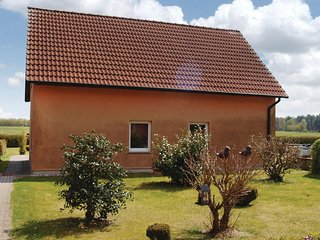 Stunning home in Mirow OT Qualzow w/ 2 Bedrooms