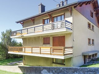 Awesome home in Font Romeu w/ WiFi and 1 Bedrooms