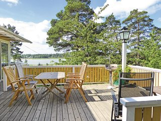 Beautiful home in Trosa w/ Sauna and 4 Bedrooms