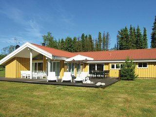 Awesome home in Aakirkeby w/ Sauna, WiFi and 4 Bedrooms (I52631)