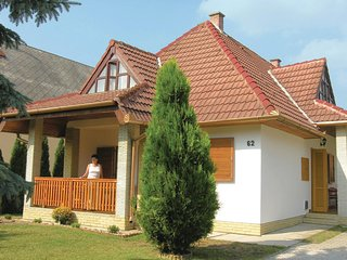Nice home in Keszthely w/ 3 Bedrooms