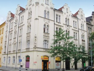 Awesome home in Praha 8 w/ WiFi and 2 Bedrooms (TBP379)